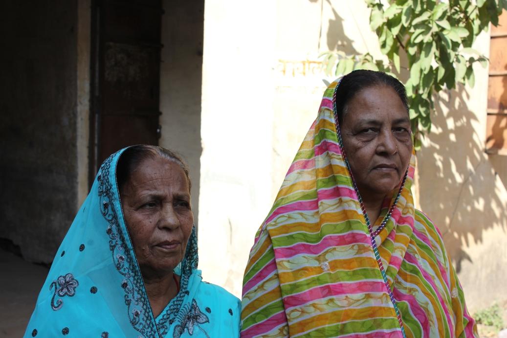 Champa-Devi-and-Rashida-Bee-thanks-to-Des-Loughney