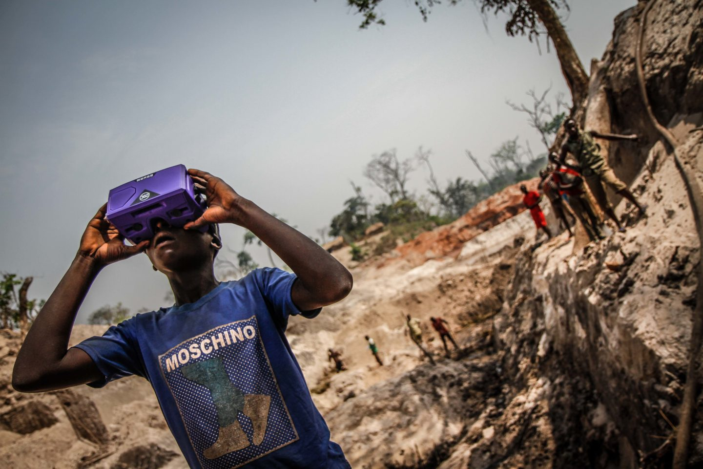 360 video: witness the lives of children in war-torn Central African Republic 8