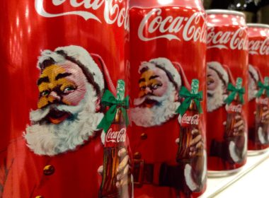 No, Santa Claus was not first dressed in red by Coca-Cola 7