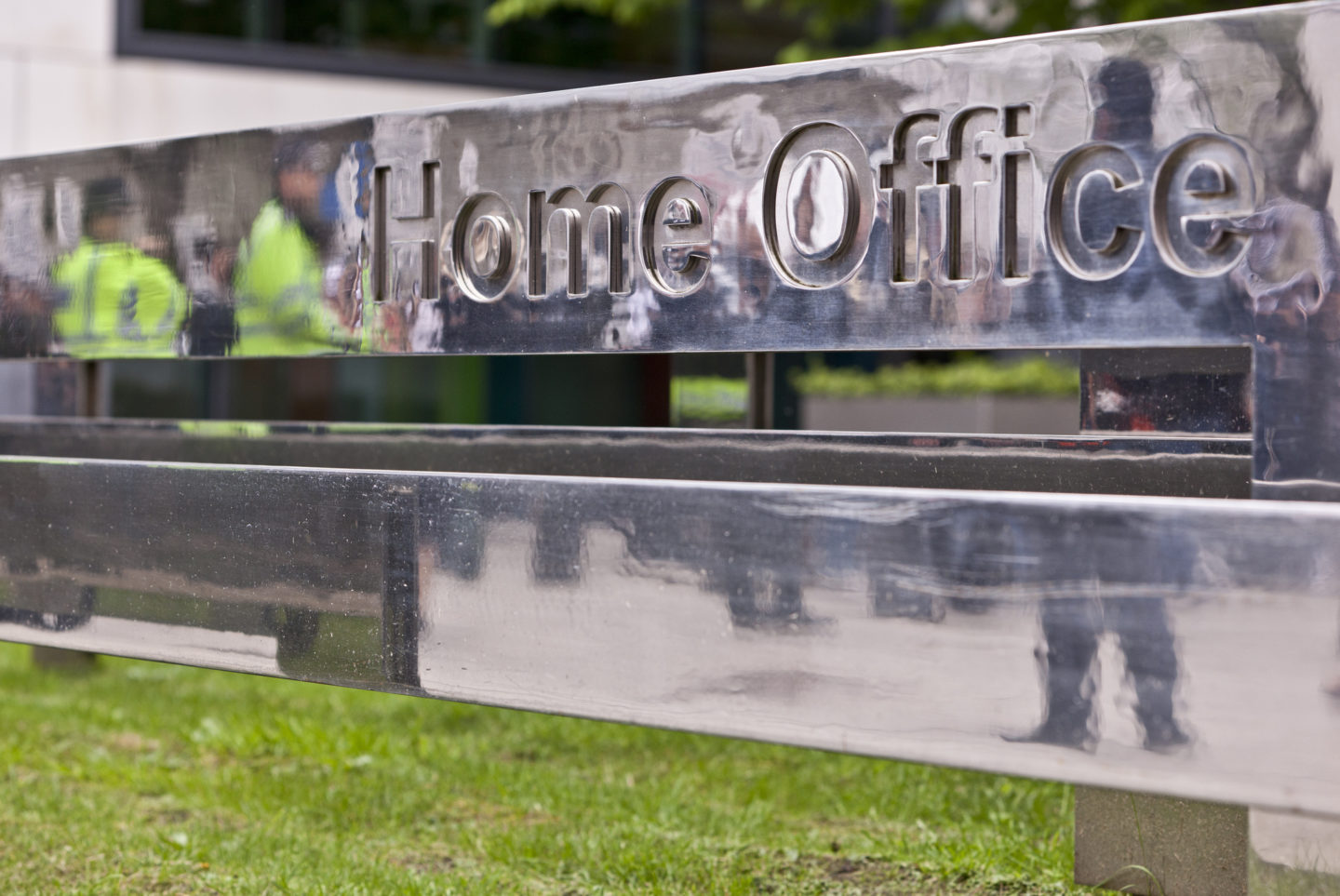 Home Office 'utterly failing' in treatment of detained immigrants, say MPs 9