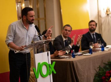 Former Brexit minister under fire for meeting Spanish far right 9