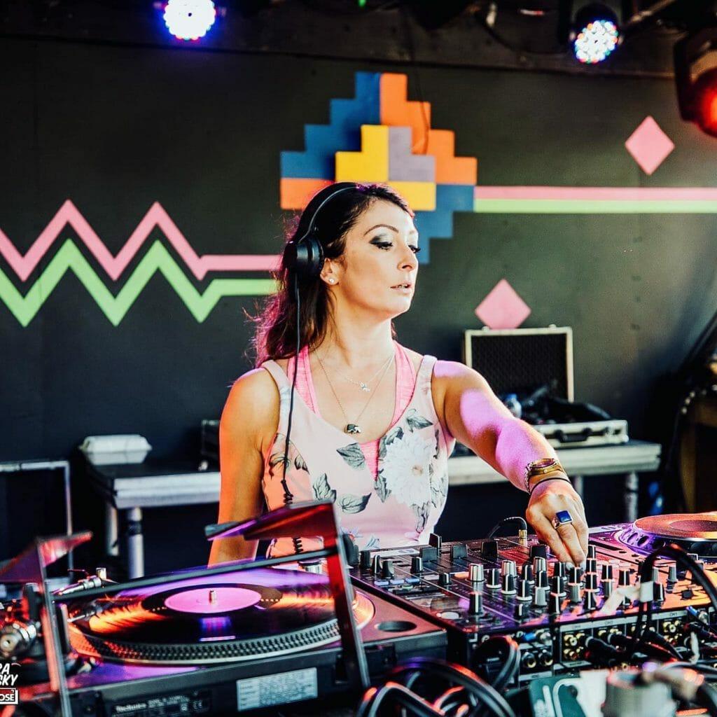 Rebecca Vasmant DJing nightlife