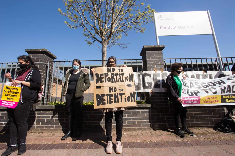 Refugee campaigners warn dawn raids must not become a 'de facto eviction' tactic 8