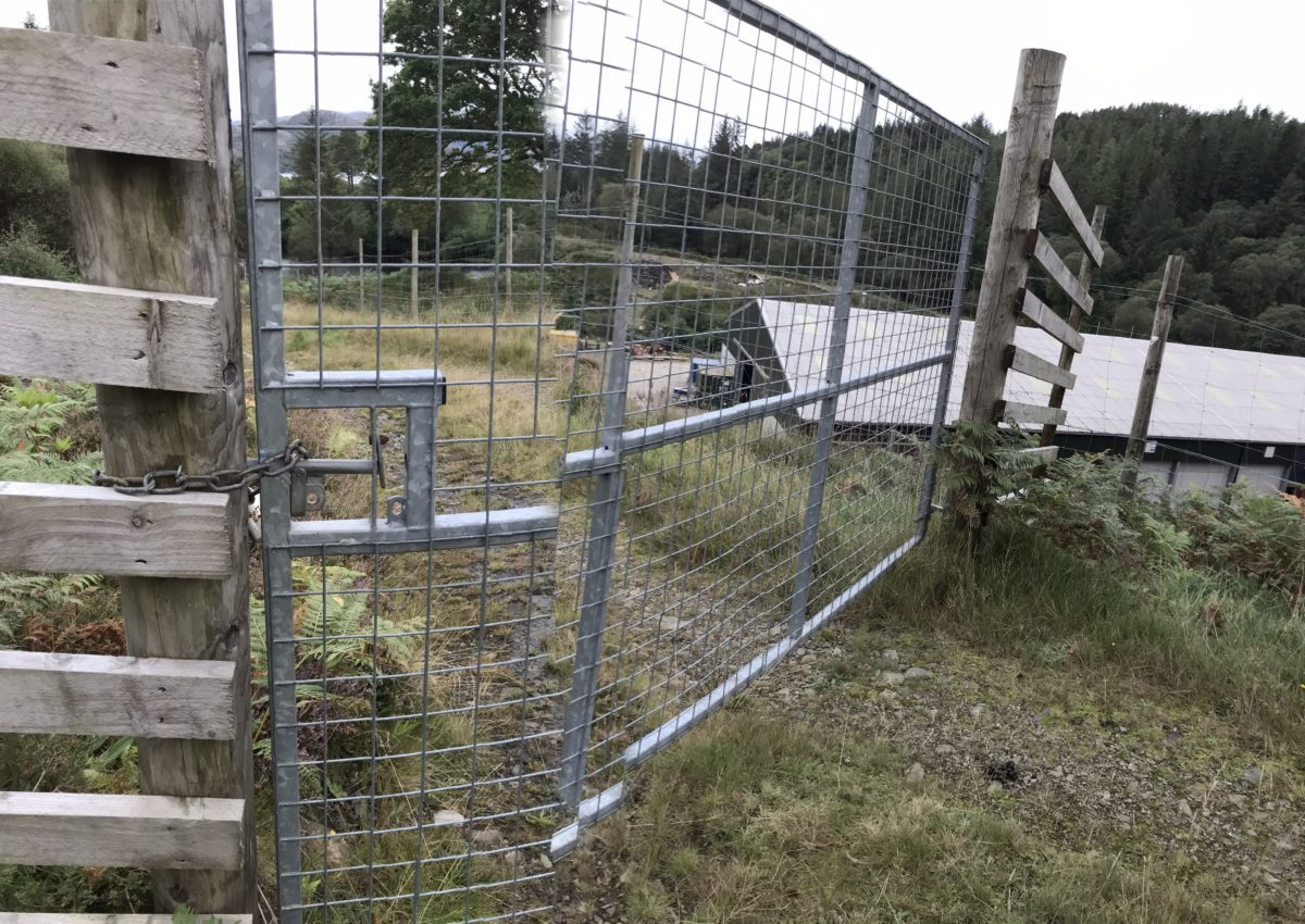 Highland estate owner breaching public access rights, say locals 10